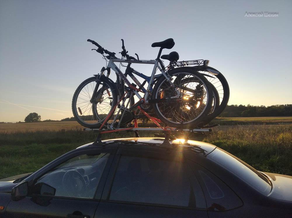 Радоновая велопрогулка и ледниковые валуны